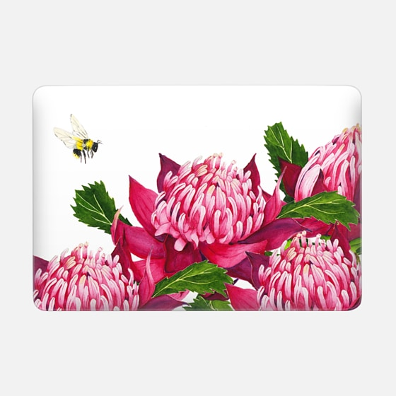 Casetify Macbook Case - The Red Waratahs and the Bumblebee