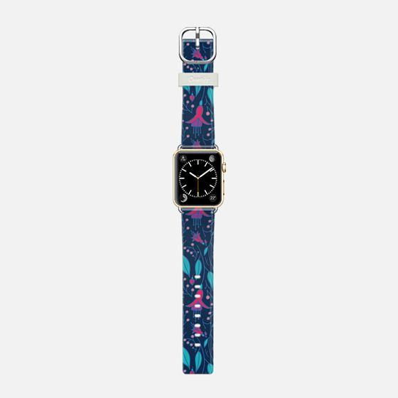 Fuchsia Fantasy Apple Watch -