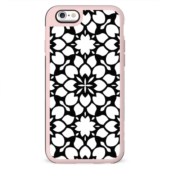 Black and White Abstract Floral Pattern Design