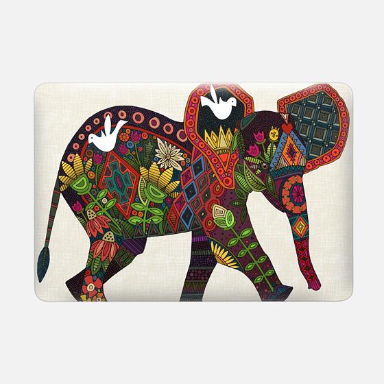 Macbook Pro 15 Case - little elephant