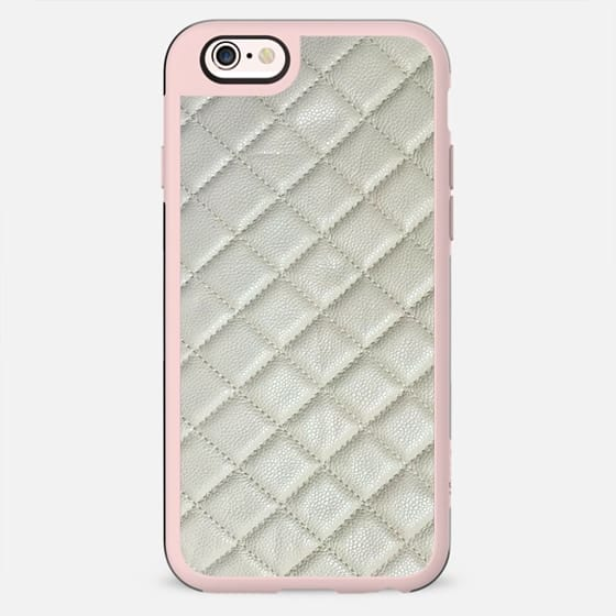 Chanel White Leather - New Standard Case