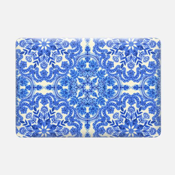 Cobalt Blue & China White Folk Art Pattern