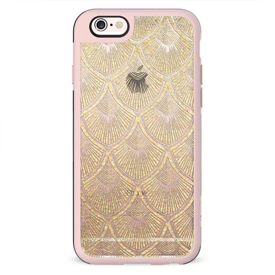 Art Deco Seashell Pattern in Gold Paint on Crystal Transparent