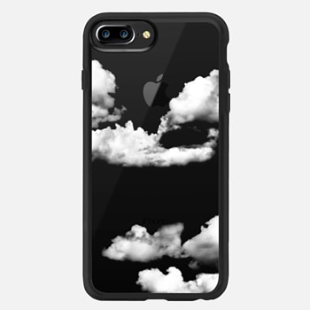iPhone 7 Plus Case clouds