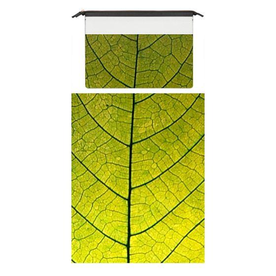 MacBook Pro Retina 15 Sleeves - Every Leaf a Flower