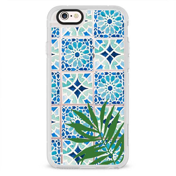 Tropical Leaf Moroccan Tile Design