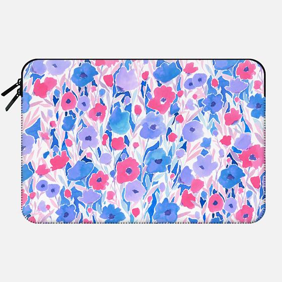 Flower Field Lilac Blue - Macbook Sleeve