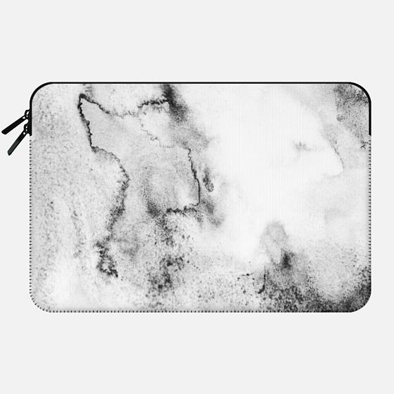 Carrara - Macbook Sleeve