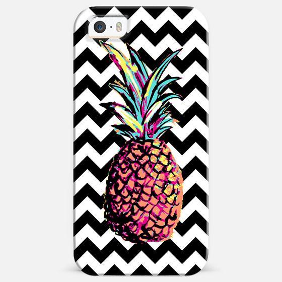 Party Pineapple Chevron - Classic Snap Case