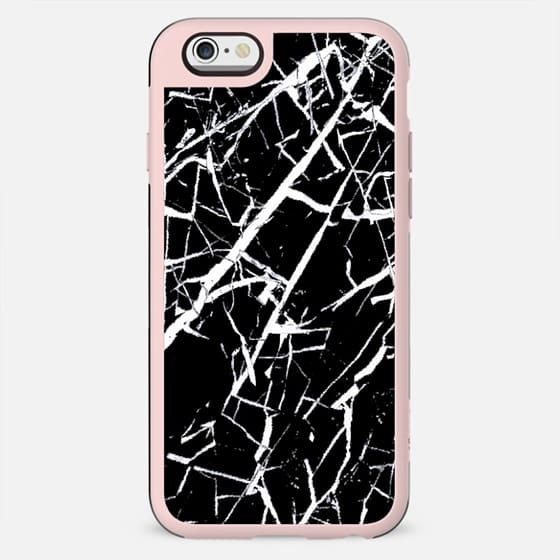 Cracked black marble - New Standard Case