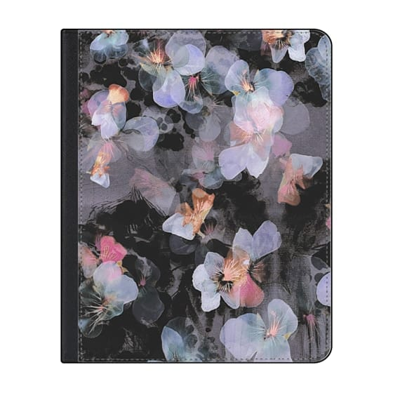 12.9-inch iPad Pro (2018) Covers - Watercolor painted delicate pansy petals