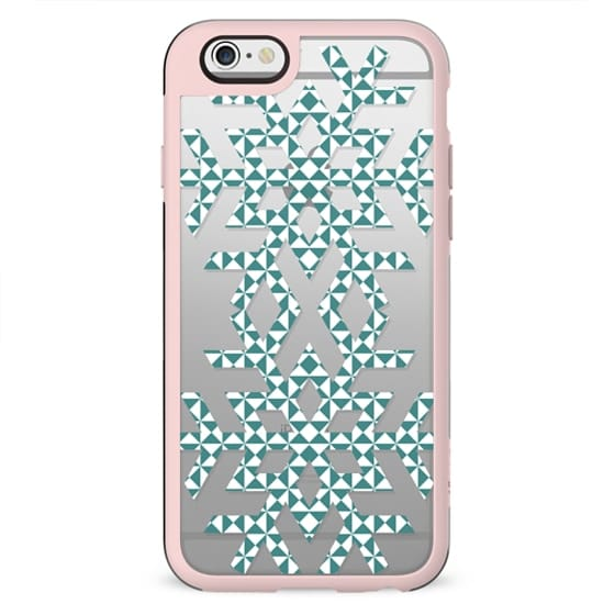 Triangle patterned snowflakes