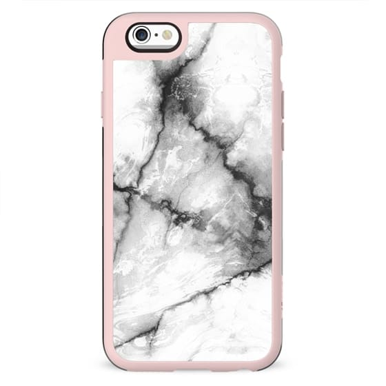Minimal white cracked marble