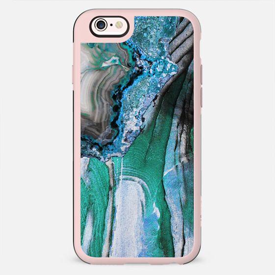 Turquoise textured stone lines