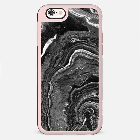 Dark painted marble lines - New Standard Case