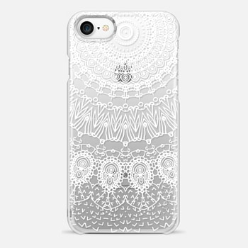 iPhone 7 ケース WHITE LACE DREAM by Monika Strigel