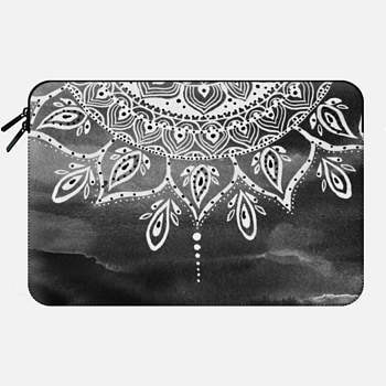 Macbook 12 Sleeve Black Mandala
