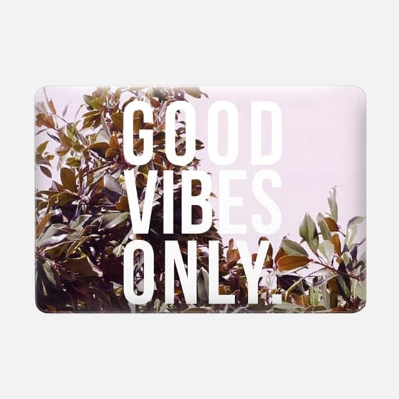 Good Vibes Only Macbook Case -