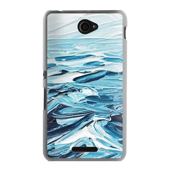 Sony E4 Cases - Waves Crashing