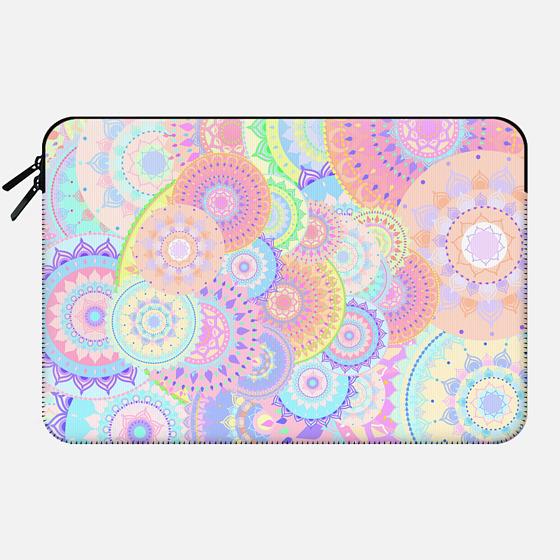 pastel mandalas - Macbook Sleeve