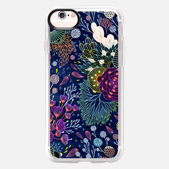 iPhone 6s Funda - Dark Floral