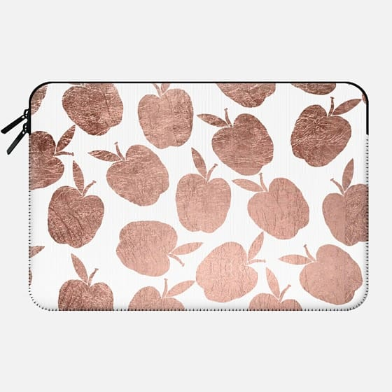 Rose gold apples pattern back to school by Girly Trend - Macbook Sleeve
